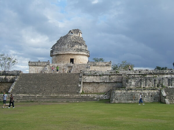 Mayan Art and Architecture: El Caracol (Mayan observatory)